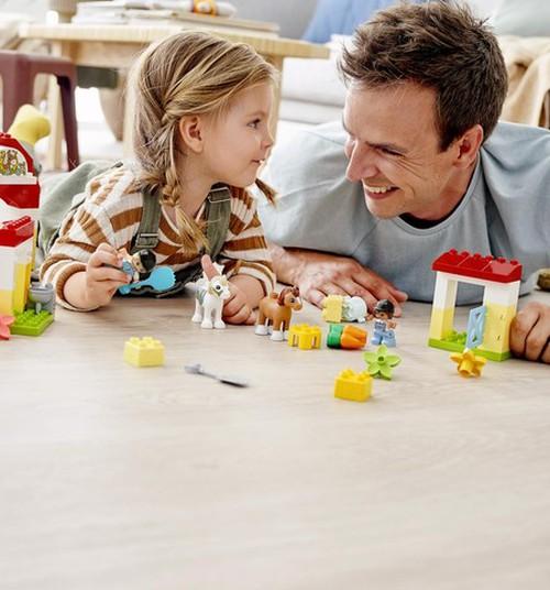 Как познакомить ребёнка с миром животных? Делись историями и выиграй LEGO DUPLO!