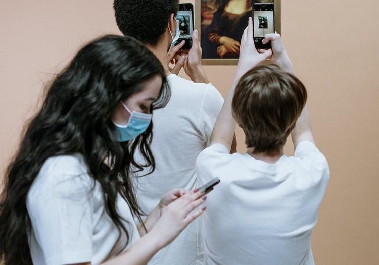19 ноября вступит в силу требование об обязательном использовании масок для лица в общественных помещениях