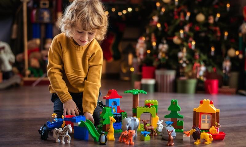 Лучшие идеи для подарков детям от рождения до 7 лет