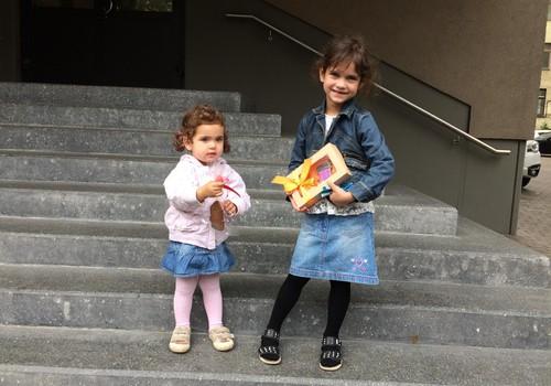 Приключения Элли и Итана: Элли впервые отправилась в садик!