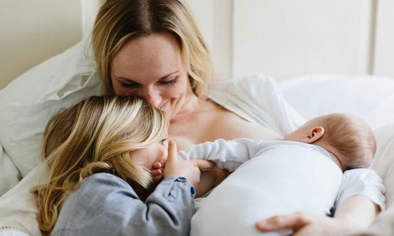 Заметки консультанта. Кормление грудью во время беременности и ТАНДЕМ. ЗА и ПРОТИВ