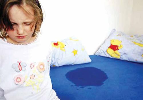 В гости с ночёвкой. Что делать, если ребёнок описался?