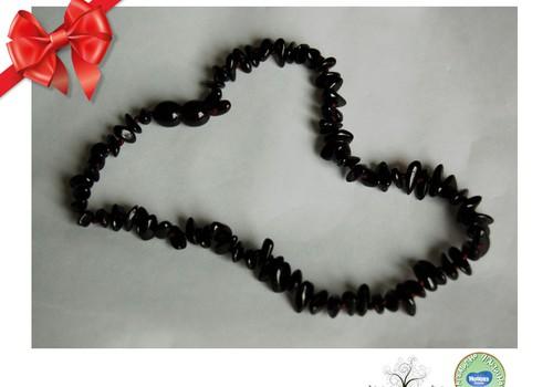 Праздничный каталог подарков Huggies®: «Lininis ir medinis» - украшения из янтаря на праздник и обычные дни