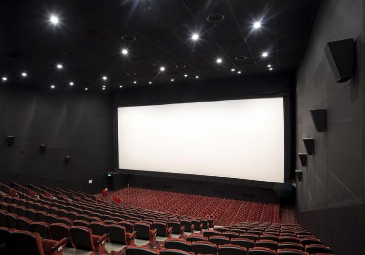 В кинотеатр с малышом