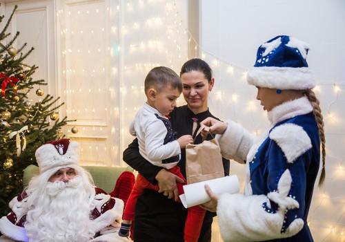 Открыта запись на рождественские Ёлочки в Мамином клубе!