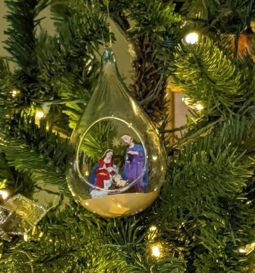Православные мамочки, поздравляем вас с Рождеством Христовым!