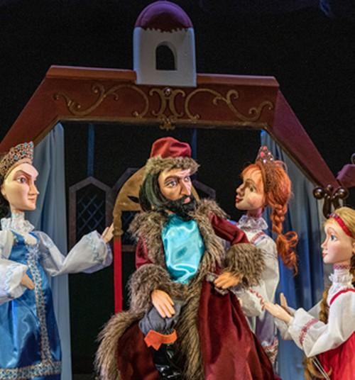 Кукольный театр приглашает в Диванный зал. Смотри спектакли со своего дивана!