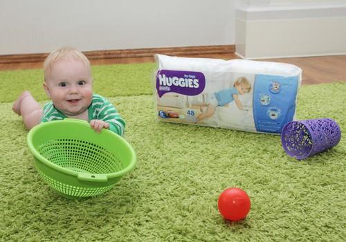 ФОТО: Первые развивающие игрушки