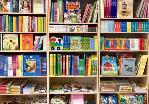 С какой детской книги начать Новый год? 5 идей для родителей
