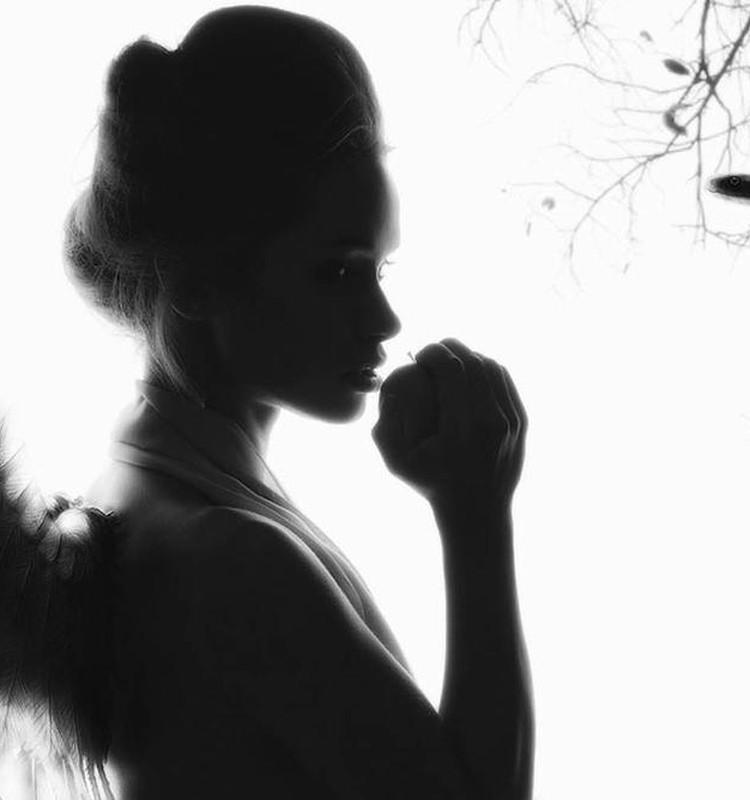 Воплотить свой образ в жизнь фотохудожник Елена Роус поможет...