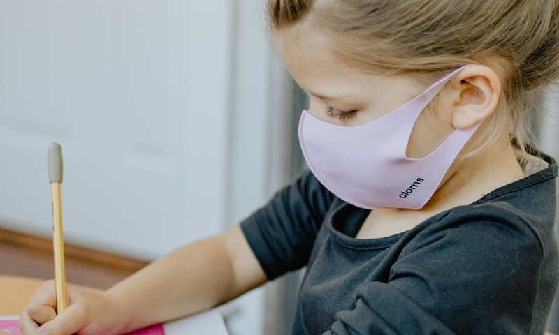 Родители против масок: неужели латвийские дети опаснее других?!