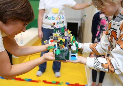 Игры с кубиками LEGO - бесконечный простор для фантазии и творчества!