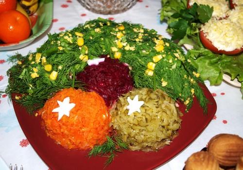 """Салат """"Новогодняя веточка"""""""