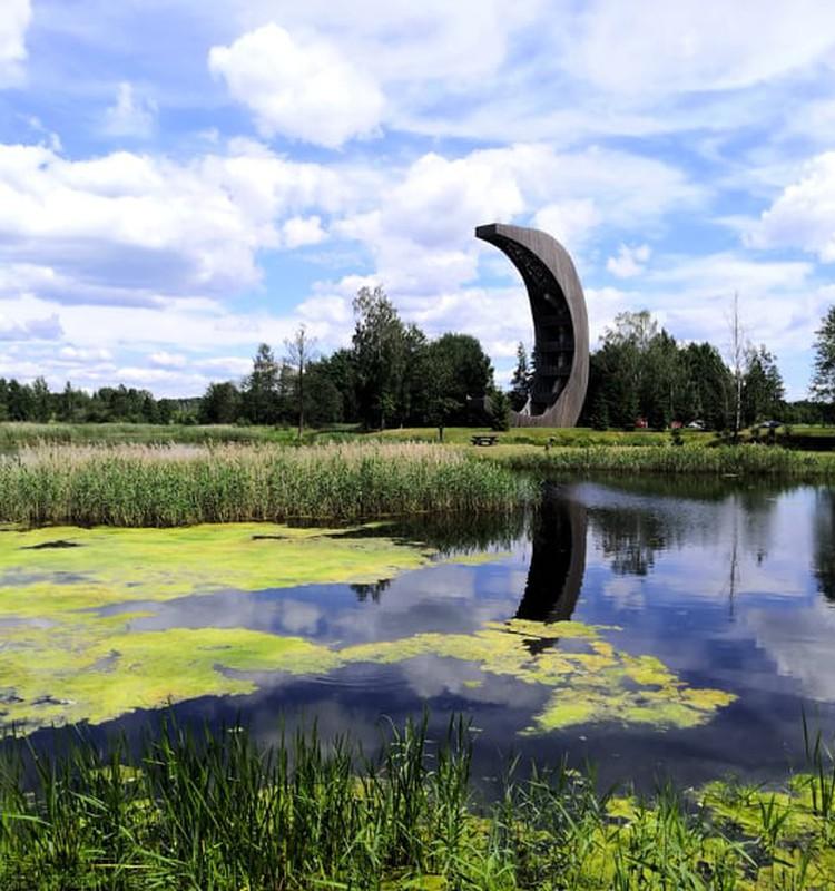 Гостеприимная Литва: смотровая вышка на озере Киркилай