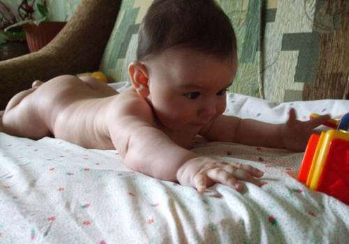 С чего можно начинать развивать малышей