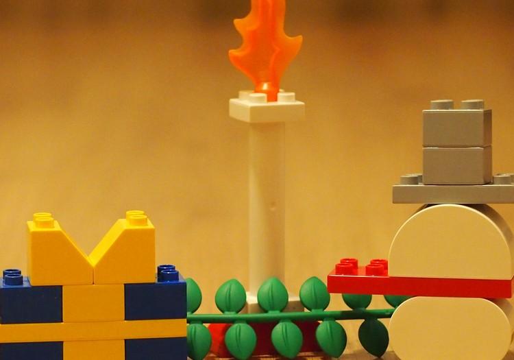 Рождественские повторяшки с LEGO