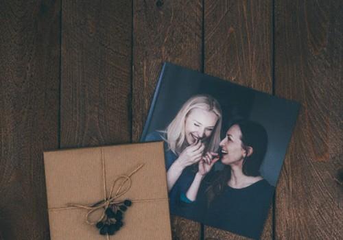Как создать незабываемый подарок на новогодние праздники? Подари персонализированную фотокнигу!