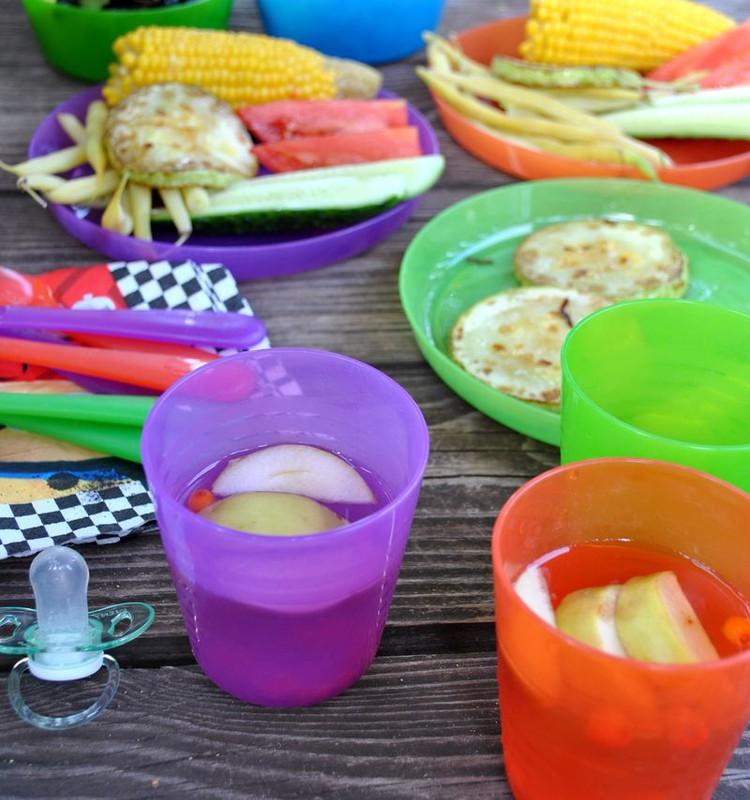 Детский пикник по-летнему