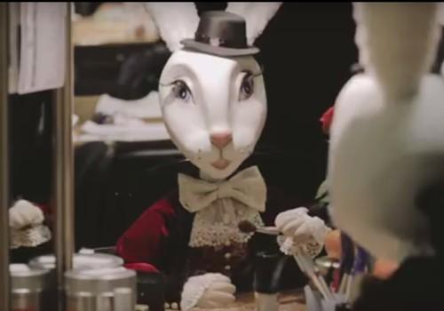 """В русской труппе Кукольного театра ставится """"Удивительное путешествие кролика Эдварда"""""""
