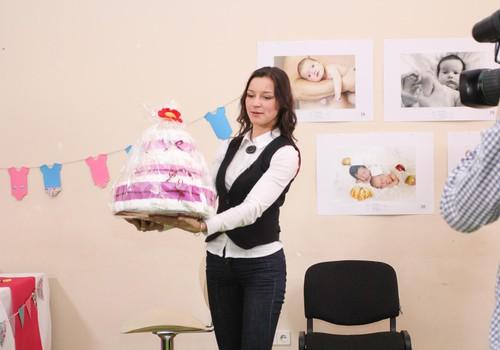ФОТО: Как прошёл Baby Shower с Марией Наумовой в Мамином Клубе