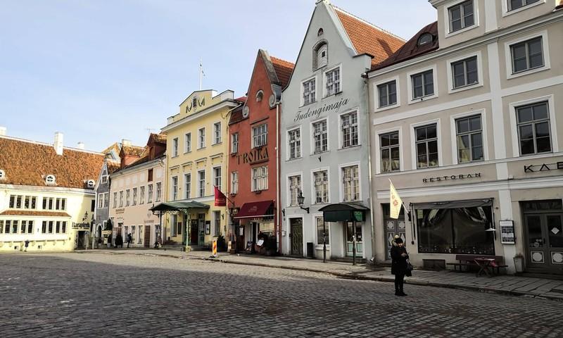 Снежная Лапландия: путешествие в Заполярье: дорога домой – очаровательный Таллинн
