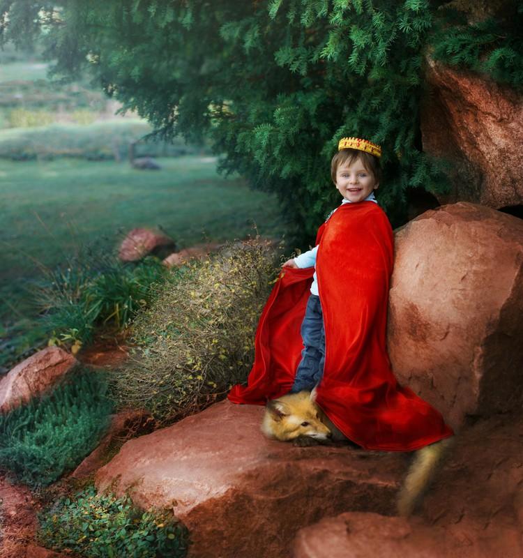 От заячьих ушек до короны принца: Тимохины головные уборы