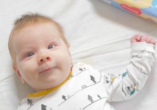 ВИДЕО: развитие малыша на втором месяце жизни