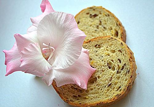 ЭКСПЕРИМЕНТ HUGGIES CLASSIC: Что выгоднее - купить хлеб в магазине или испечь самому?