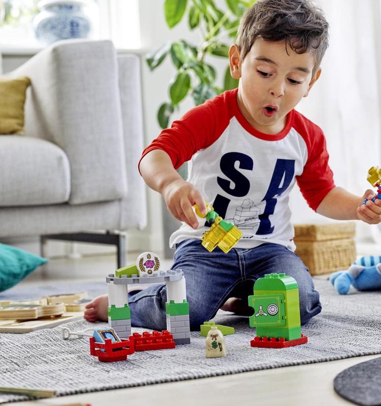 LEGO развивает творческие способности: объявляем призёра нашего конкурса...
