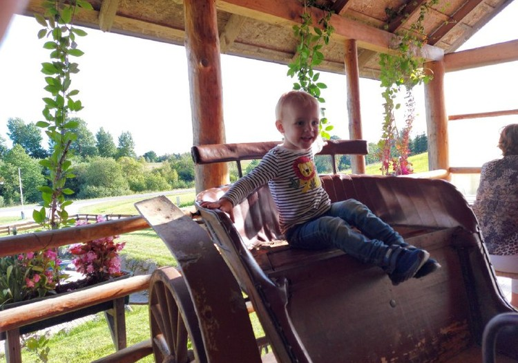 Даша: детский сад - сон в садике