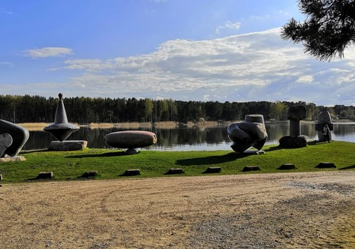 Походные заметки: почти водные приключения – аллея Валентина Пикуля и Вакарбулли (парк скульптур) в Риге
