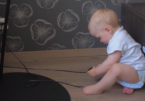 Видеосоветы по обустройству безопасной среды для малыша
