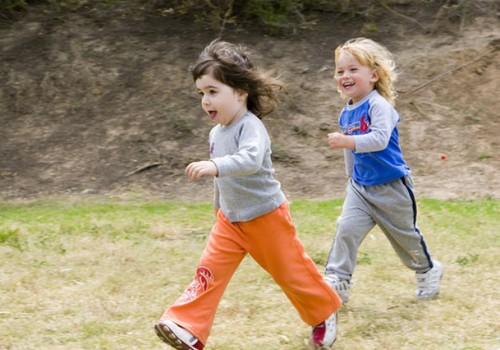 Какую обувь выбрать ребёнку на весну?