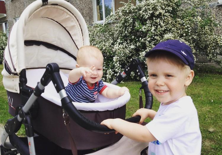 100 дней лета: Прогулки с пупсами
