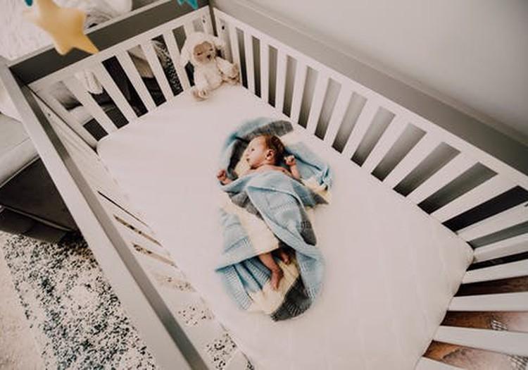 Нормы и ритмы сна от рождения до года: лекция Сандры Ласе 24 апреля