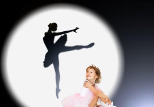 Анюта: Танцуй!