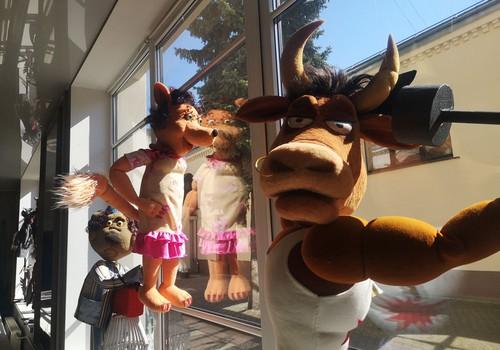 Латвийский кукольный театр приглашает на выставку в театральном дворике с 31 мая
