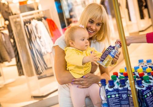 Вода - большой друг ребёнка. Но как приучить пить достаточно?
