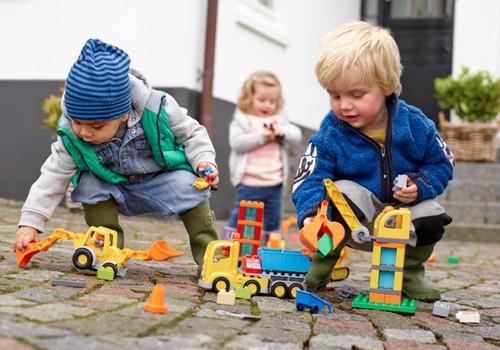 Полные радости сюрпризы в ожидании Рождества от LEGO®