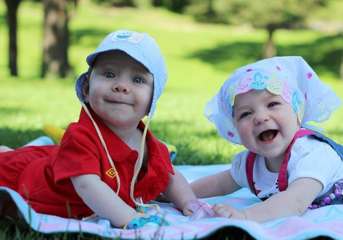 Тематическая встреча с элементами развивающих занятий для малышей 4-8 месяцев