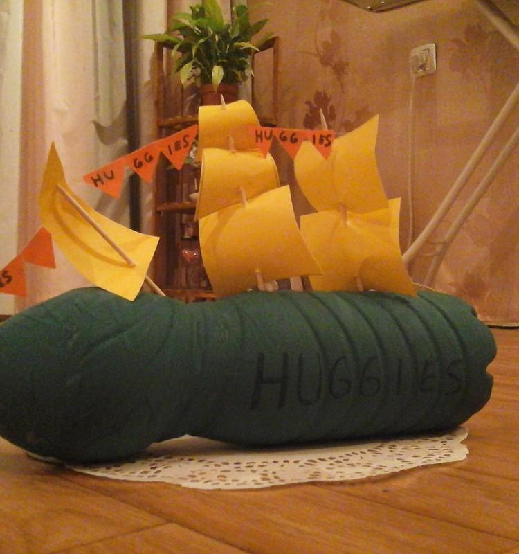 Кораблик Huggies