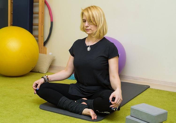 Йога для будущих мам... когда беременна и инструктор