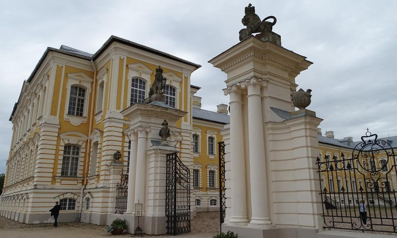 Рундальский дворец - почувствуйте себя герцогами!