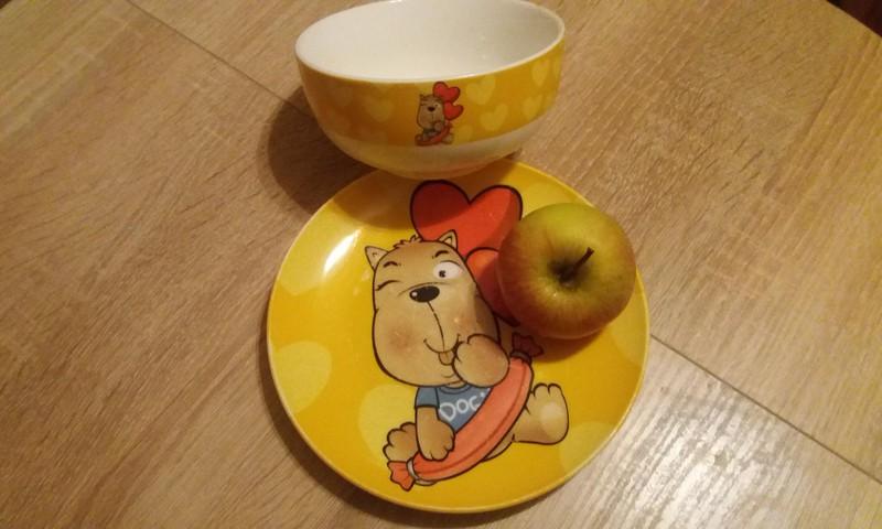 Анюта: Эх яблочко, да на тарелочке!