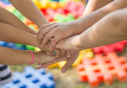 Институт финансов Swedbank: Большинство семей новую доплату к государственному семейному пособию оценивают положительно