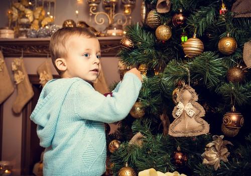 Пятничный дошкольник Платон: Мы в новогодних заботах!