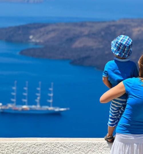 Почти 53% путешественников выезжают за границу два раза в год или чаще