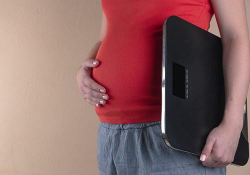 Повышенное значение тиреотропного гормона при беременности: что это значит и стоит ли волноваться?