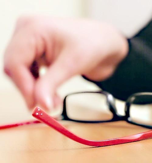 Консультации Американского глазного центра Латвии о возможностях коррекции зрения - в течение Женского фестиваля 2 марта!