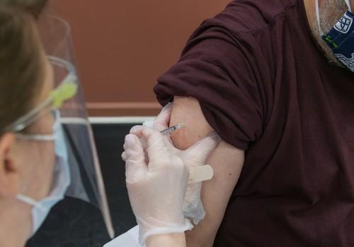 Получены первые отчёты о побочных реакциях при вакцинации против Covid-19